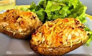 запеченный картофель с грибами и саром