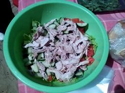 курица в салате