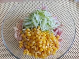 кукуруза в салате