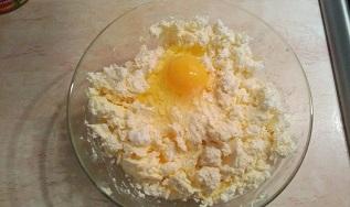 яйцо в твороге