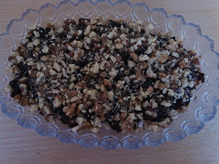 орехи в салате