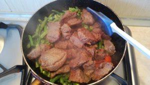 мясо и фасоль