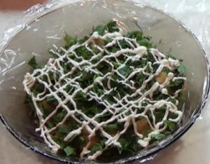 zelen-v-salate