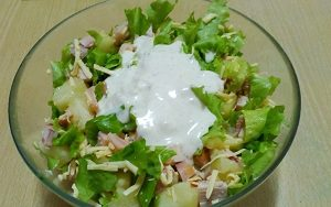 salat ananasovyj