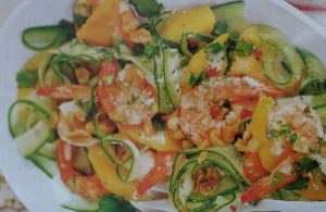 salat iz krevetok s mango