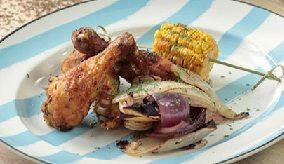 курица с луком и кукурузой