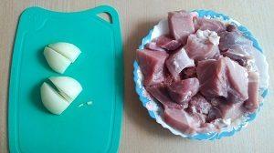 лук и мясо