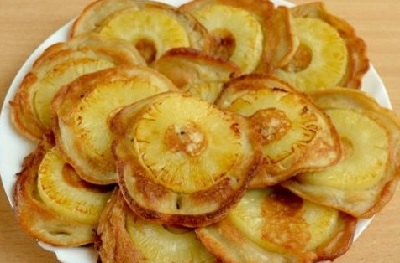 банановые оладьи с ананасом