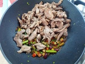 мясо к овощам