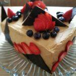торт карамельный бисквит