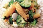 salat iz kalmara i brokkoli