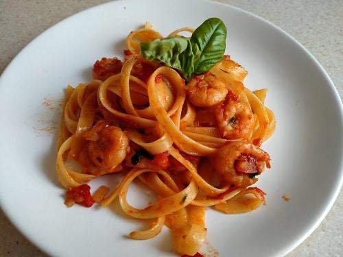 спагетти тальятелли с креветками