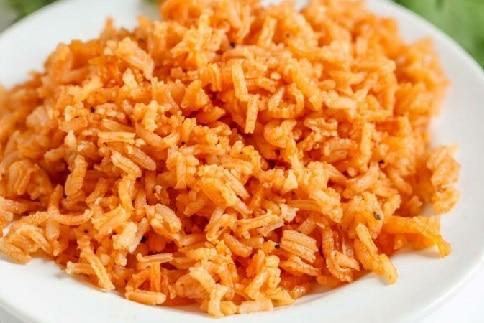 рис томатной пастой