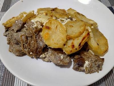 жаренная картошка с мясом